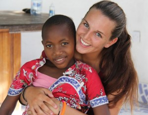 Volunteering help2kids Tanzania